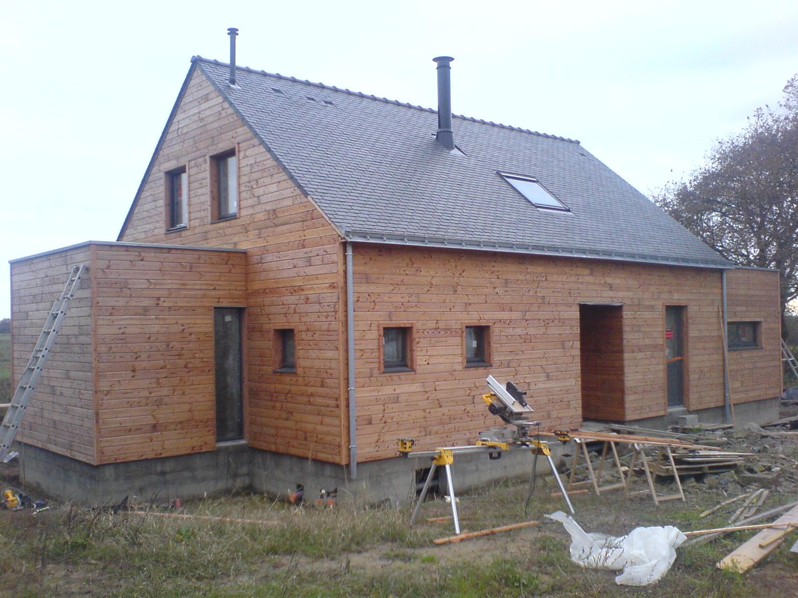 ossature bois bardage charpente fermette ou toit plat extension bois. Black Bedroom Furniture Sets. Home Design Ideas