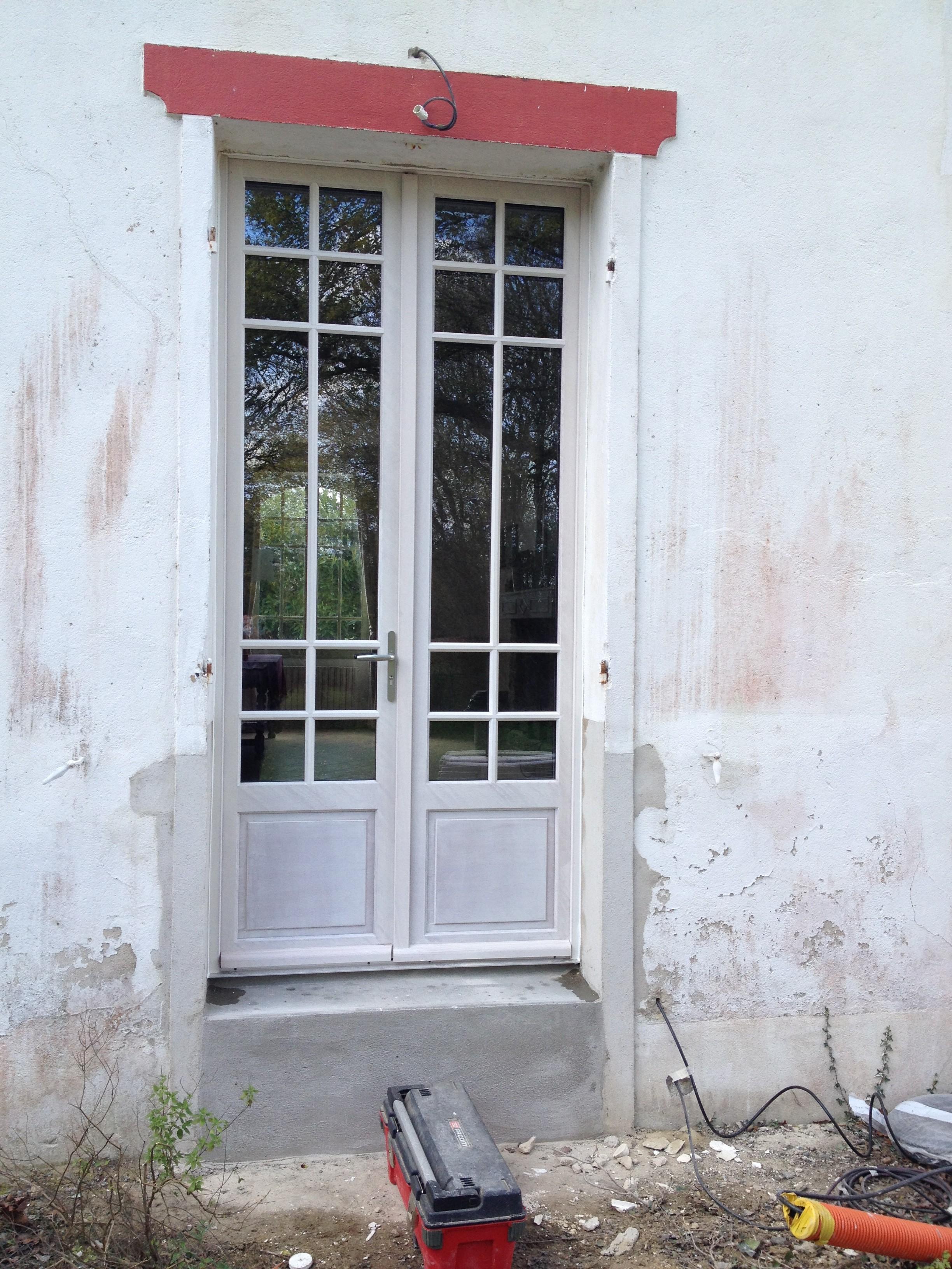 Fen tres bois aluminium pvc mixte blanc bleu for Fenetre pvc blanc